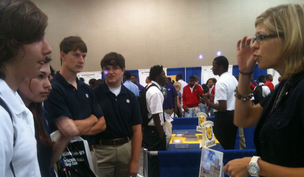Juniors, Seniors Visit College Fair in Baton Rouge