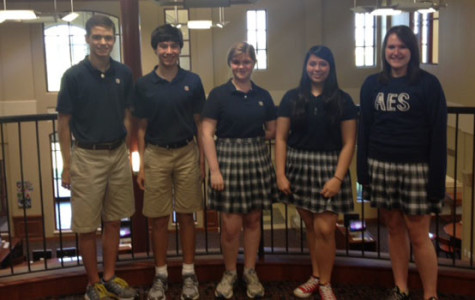 Quiz Bowl Team Shines to Compete at State