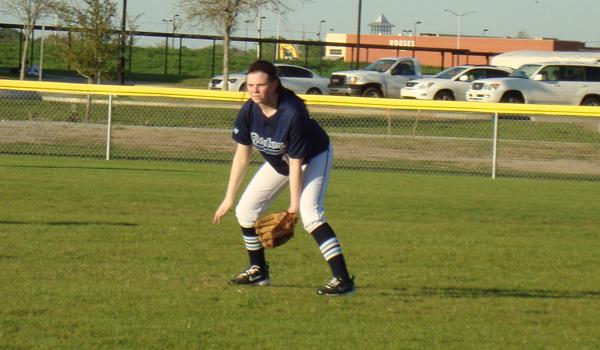 On the Field: Blue Gator Softball