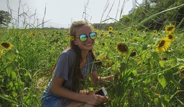 Senior Spotlight: Lauren Liprie